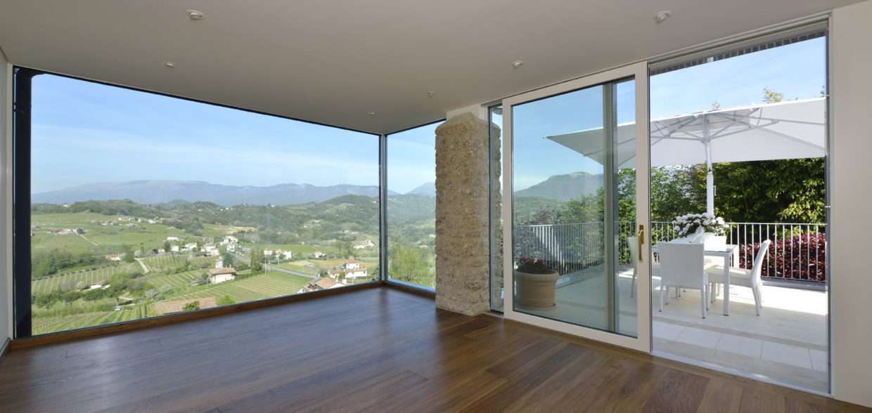 Finestre in pvc legno e alluminio e serramenti treviso - Vetrocamera con veneziana ...